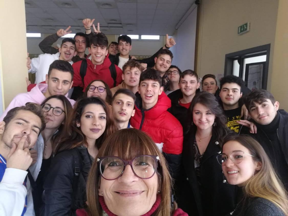 """Villa Santa Maria, gli studenti dell'Ipssar vincitori del concorso nazionale """"Filmare la storia"""""""